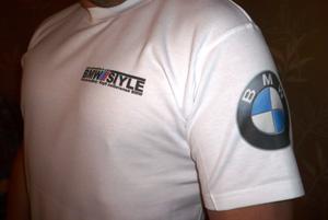 футболки логотип печать на футболке